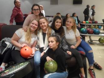 161129-bowling-girls-015